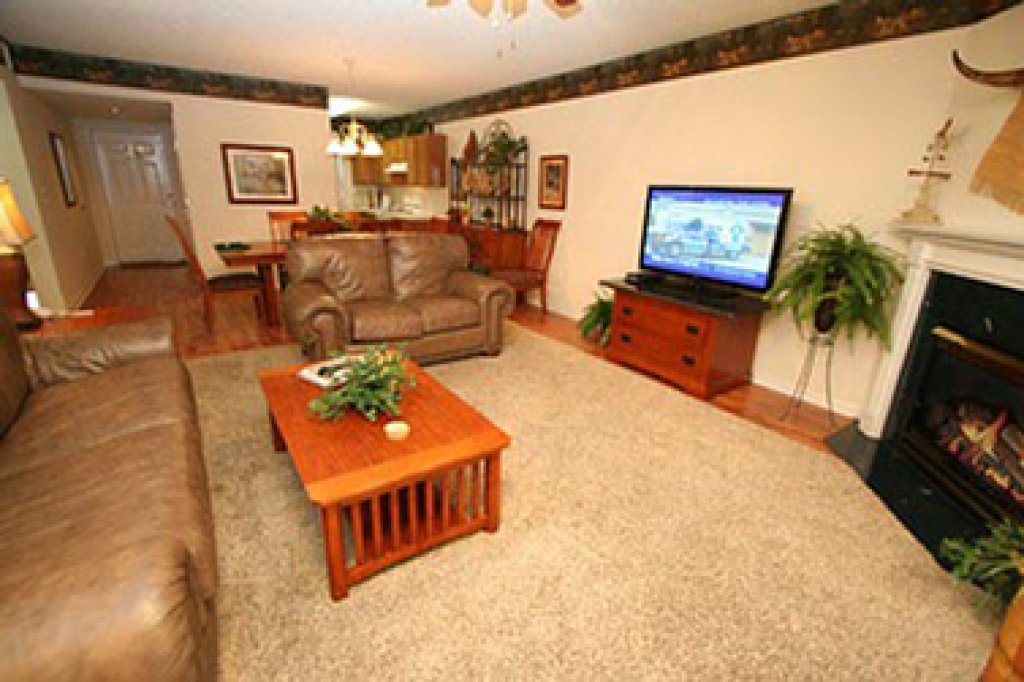 Photo of a Pigeon Forge Condo named Whispering Pines 641 - This is the second photo in the set.