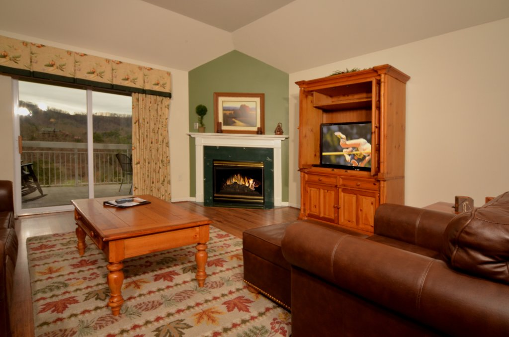 Photo of a Pigeon Forge Condo named Whispering Pines 551 - This is the third photo in the set.