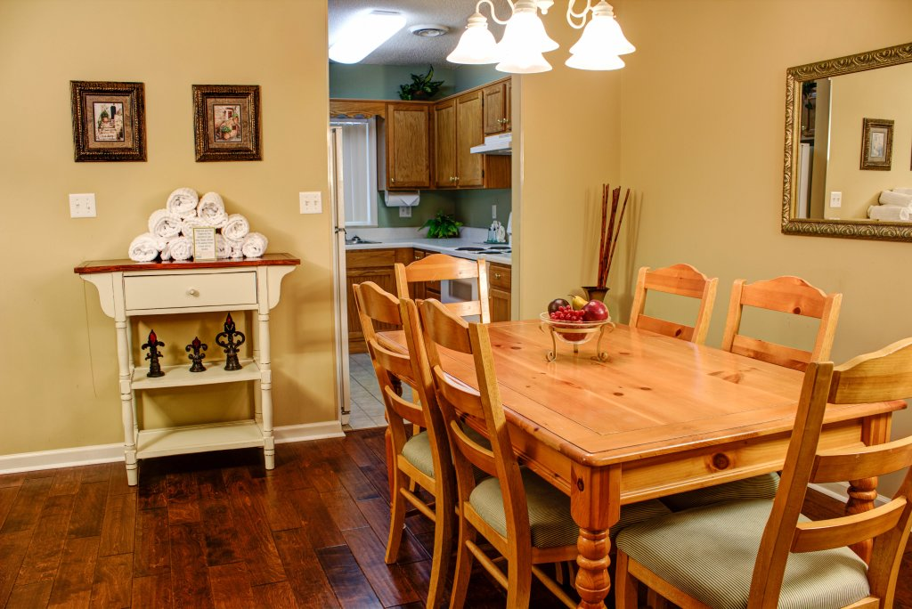 Photo of a Pigeon Forge Condo named Whispering Pines 352hc - This is the fifth photo in the set.