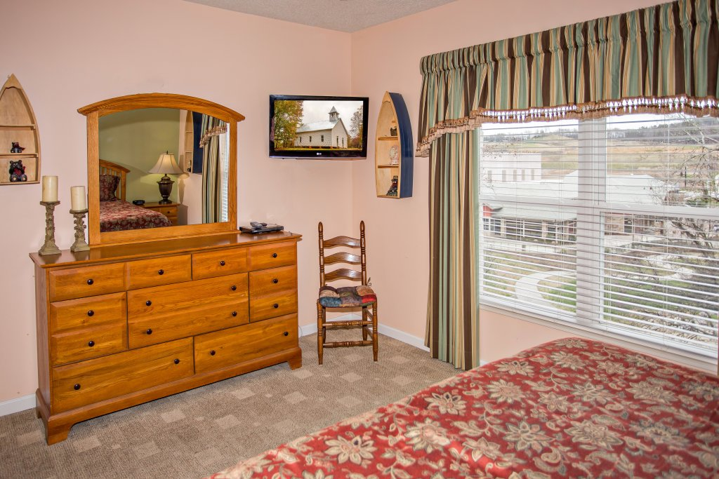 Photo of a Pigeon Forge Condo named Bear Crossing 403 - This is the ninth photo in the set.