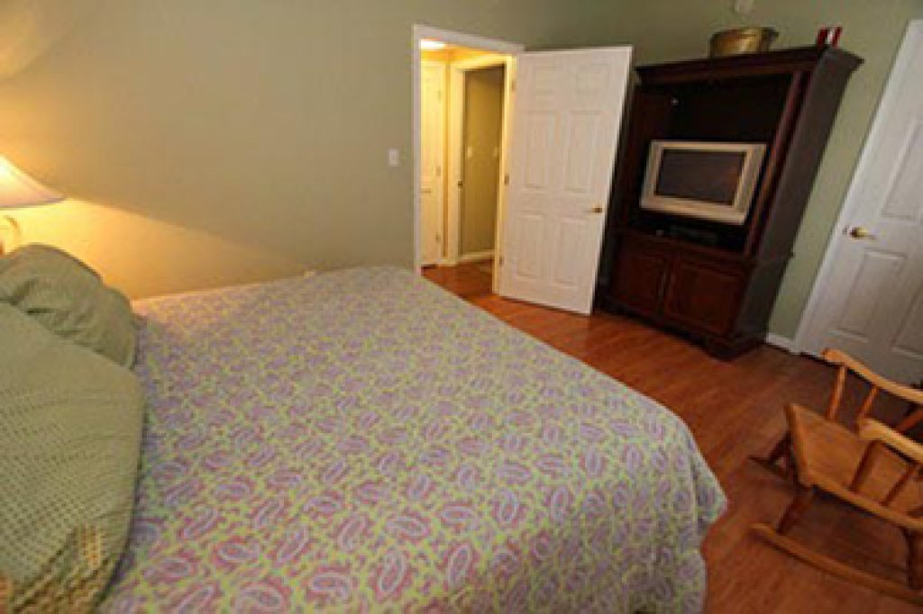 Photo of a Pigeon Forge Condo named Whispering Pines 244 - This is the ninth photo in the set.