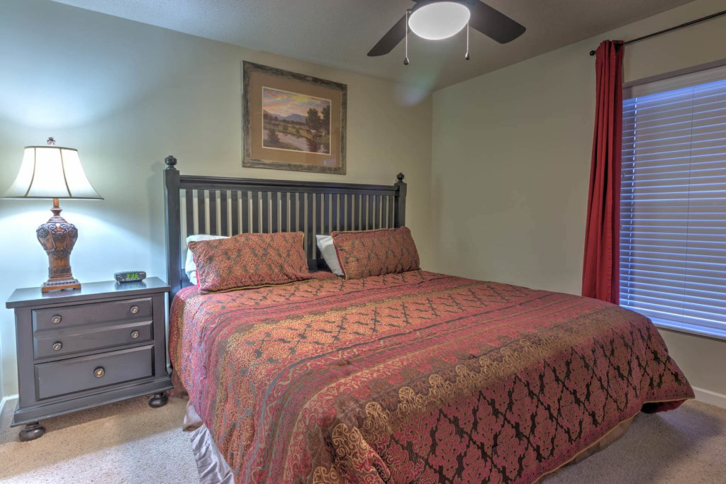 Photo of a Pigeon Forge Condo named Cedar Lodge 703 - This is the tenth photo in the set.