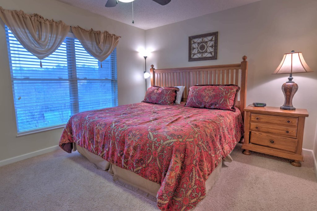 Photo of a Pigeon Forge Condo named Cedar Lodge 703 - This is the fourteenth photo in the set.