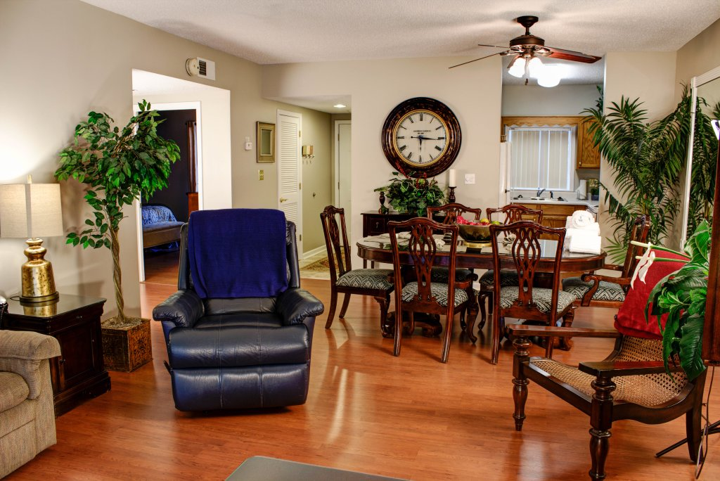 Photo of a Pigeon Forge Condo named Whispering Pines 322 - This is the second photo in the set.