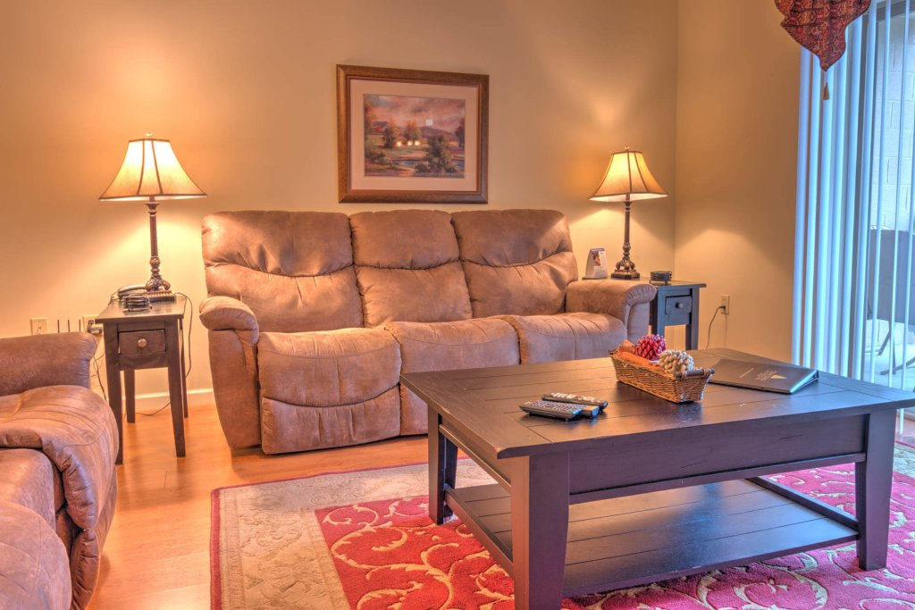 Photo of a Pigeon Forge Condo named Cedar Lodge 703 - This is the sixth photo in the set.