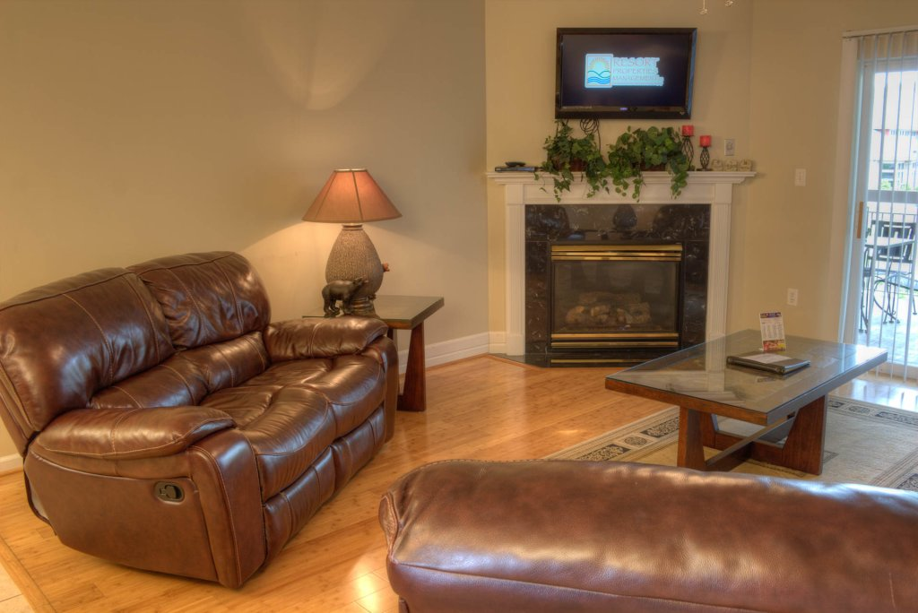 Photo of a Pigeon Forge Condo named Bear Crossing 103 - This is the second photo in the set.