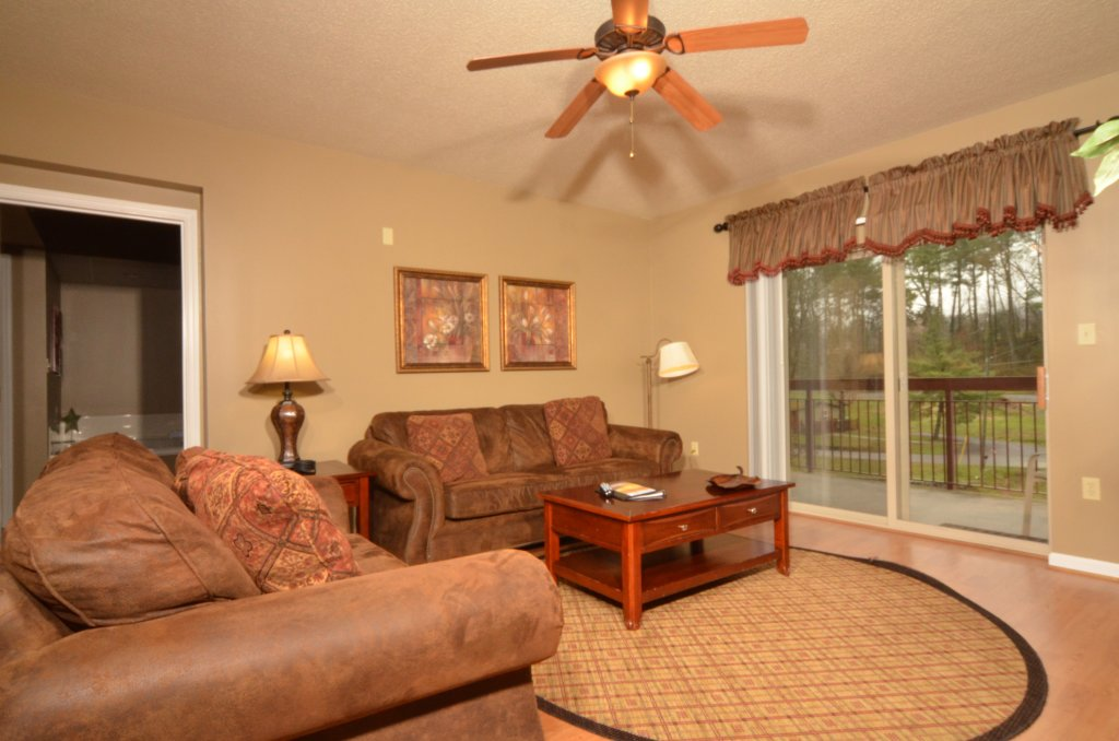 Photo of a Pigeon Forge Condo named Cedar Lodge 101 - This is the third photo in the set.
