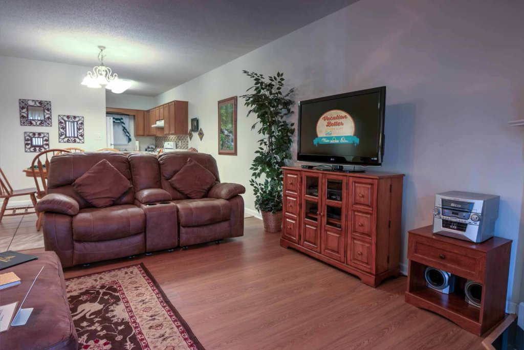 Photo of a Pigeon Forge Condo named Whispering Pines 611 - This is the fourth photo in the set.