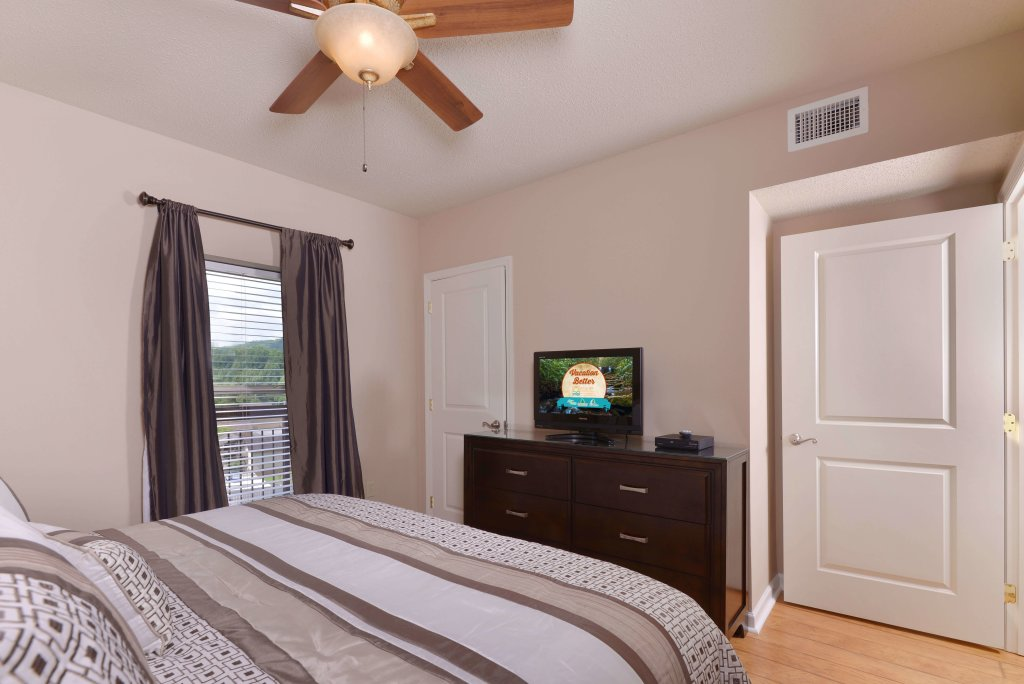 Photo of a Pigeon Forge Condo named Cedar Lodge 504 - This is the ninth photo in the set.
