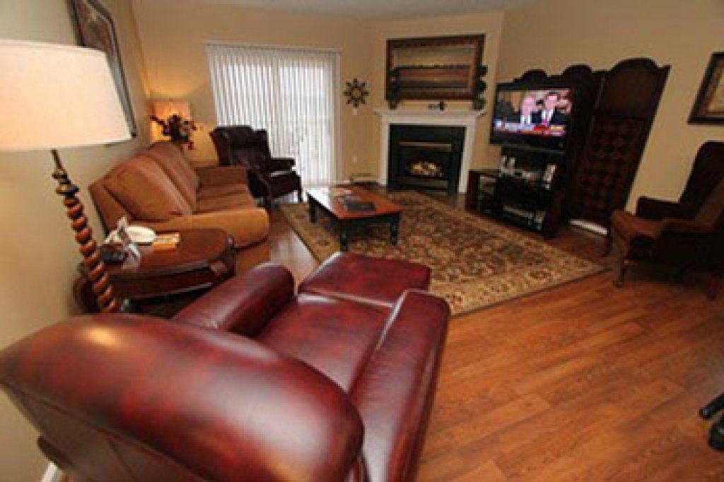 Photo of a Pigeon Forge Condo named Whispering Pines 244 - This is the second photo in the set.
