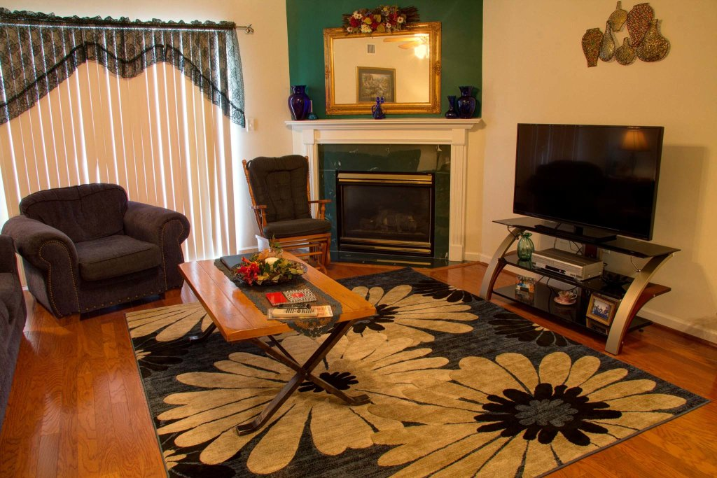 Photo of a Pigeon Forge Condo named Whispering Pines 511 - This is the fifth photo in the set.