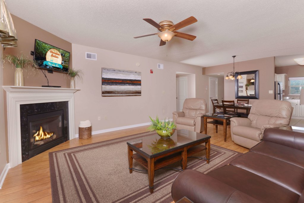 Photo of a Pigeon Forge Condo named Cedar Lodge 504 - This is the second photo in the set.