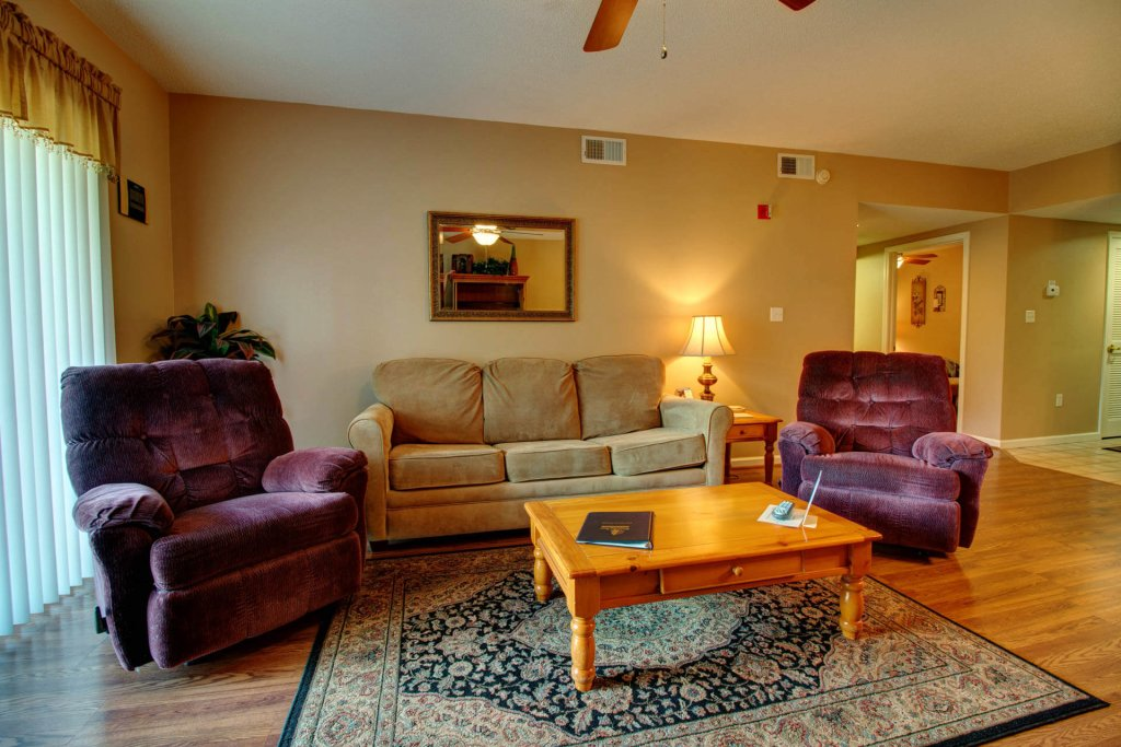 Photo of a Pigeon Forge Condo named Whispering Pines 102hc - This is the fourteenth photo in the set.