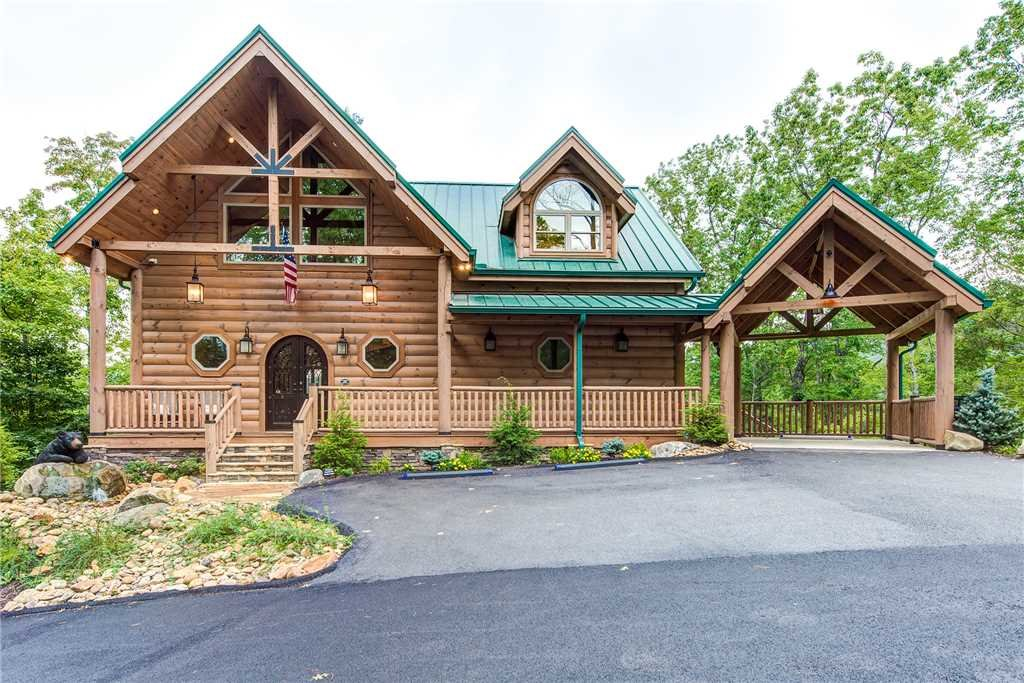 Photo of a Gatlinburg Cabin named Bear Elegance - This is the thirty-second photo in the set.
