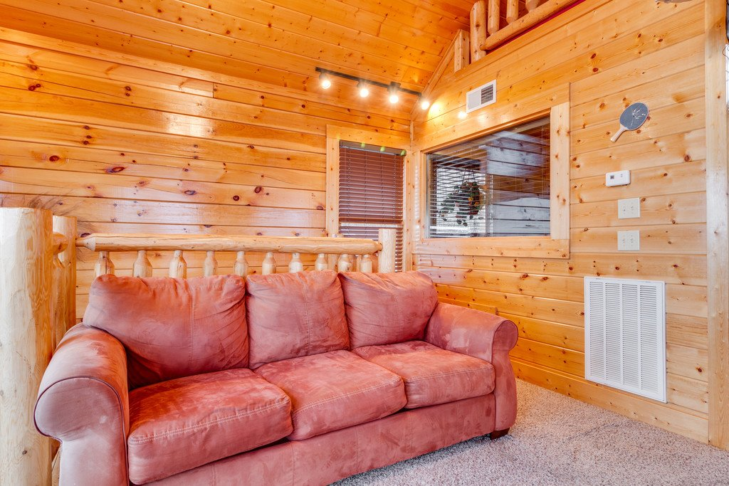 Photo of a Pigeon Forge Cabin named The Greenbrier 2934 - This is the twentieth photo in the set.