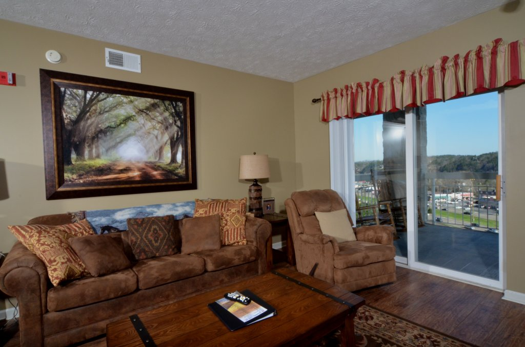 Photo of a Pigeon Forge Condo named Whispering Pines 232 - This is the second photo in the set.