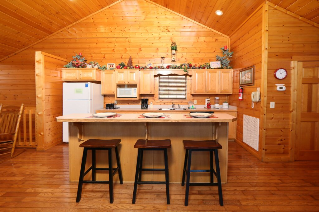Photo of a Pigeon Forge Cabin named Majestic Views - This is the thirtieth photo in the set.