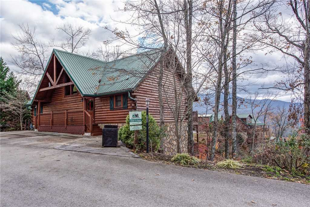 Photo of a Gatlinburg Cabin named Closer To Home - This is the thirtieth photo in the set.