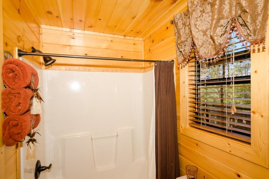 Photo of a Pigeon Forge Cabin named Our Secret Place - This is the thirteenth photo in the set.