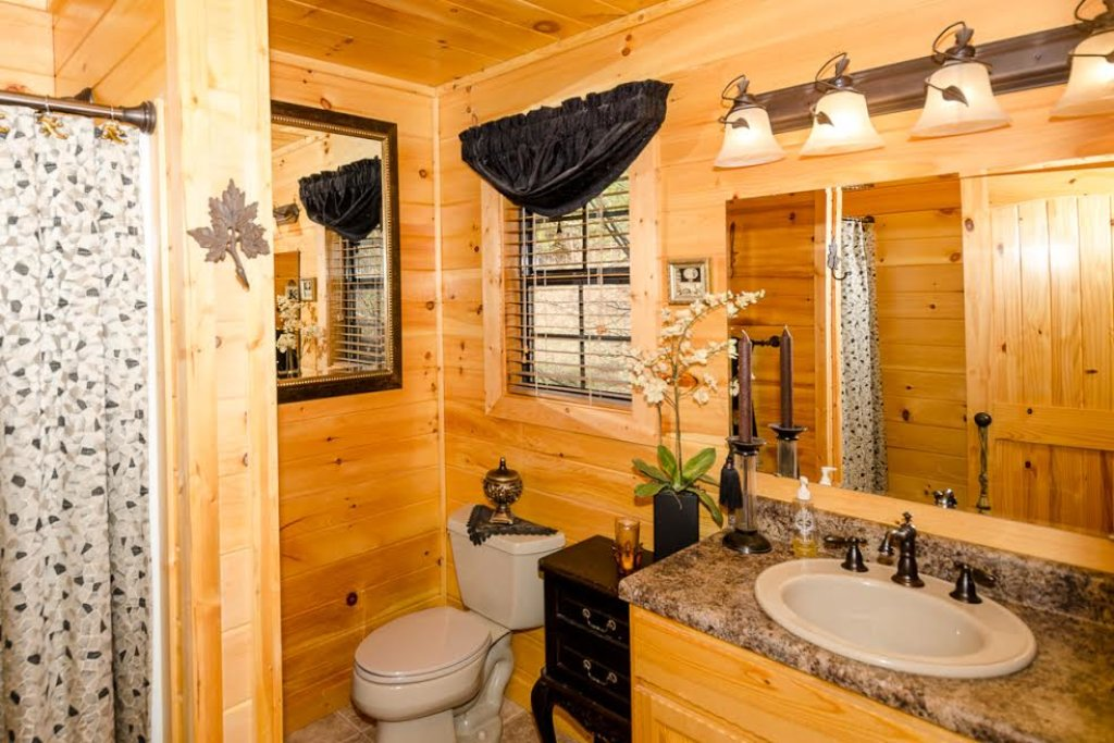 Photo of a Pigeon Forge Cabin named Our Secret Place - This is the fifteenth photo in the set.