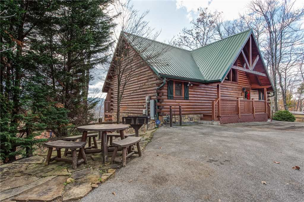 Photo of a Gatlinburg Cabin named Closer To Home - This is the twenty-seventh photo in the set.
