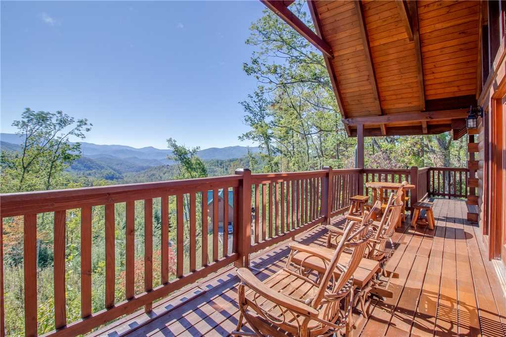Photo of a Gatlinburg Cabin named Closer To Home - This is the twenty-third photo in the set.