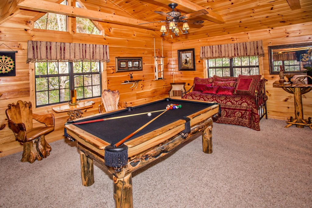 Photo of a Pigeon Forge Cabin named Our Secret Place - This is the seventeenth photo in the set.