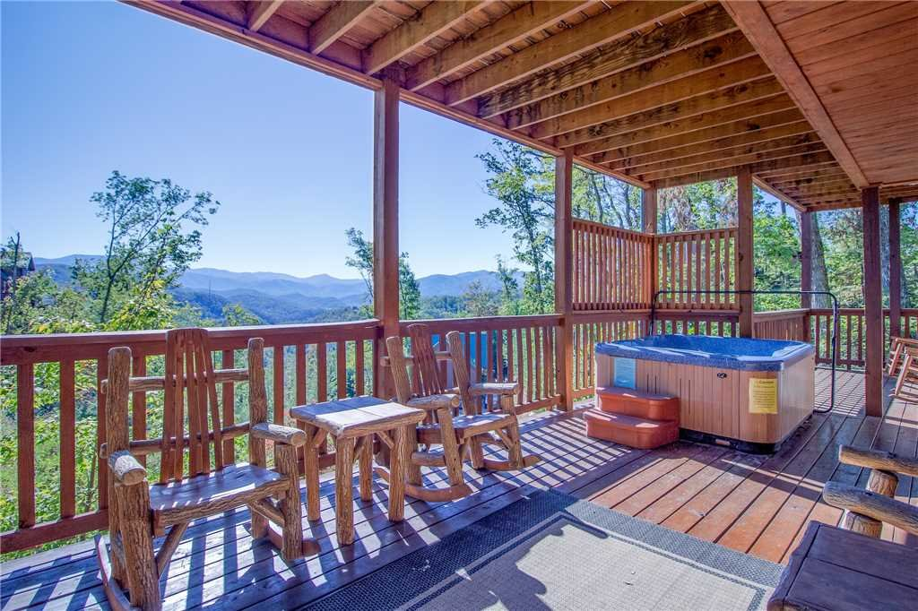 Photo of a Gatlinburg Cabin named Closer To Home - This is the twenty-first photo in the set.
