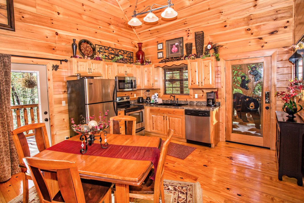 Photo of a Pigeon Forge Cabin named Our Secret Place - This is the twenty-first photo in the set.