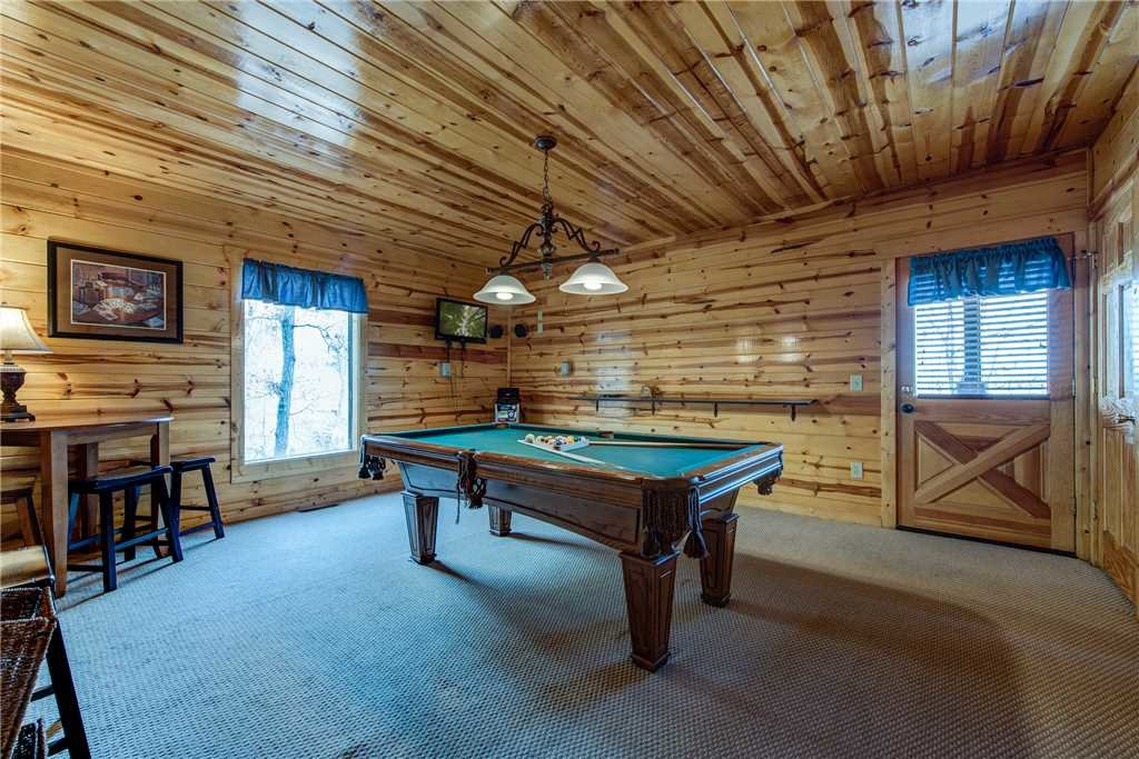 Photo of a Pigeon Forge Cabin named Mountain View Escape - This is the eighth photo in the set.