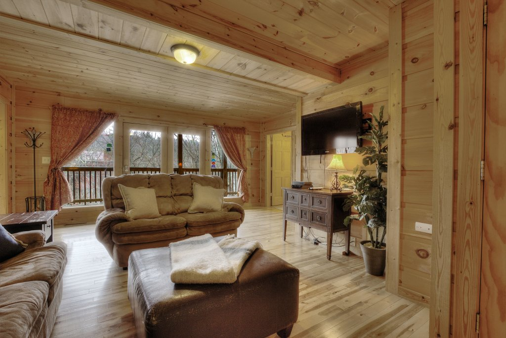 Photo of a Gatlinburg Cabin named Above It All  #446 - This is the nineteenth photo in the set.