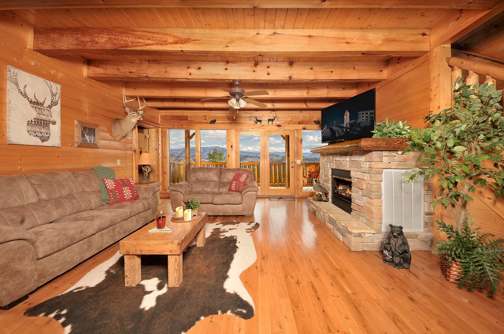 Photo of a Pigeon Forge Cabin named American Eagle - This is the fifth photo in the set.
