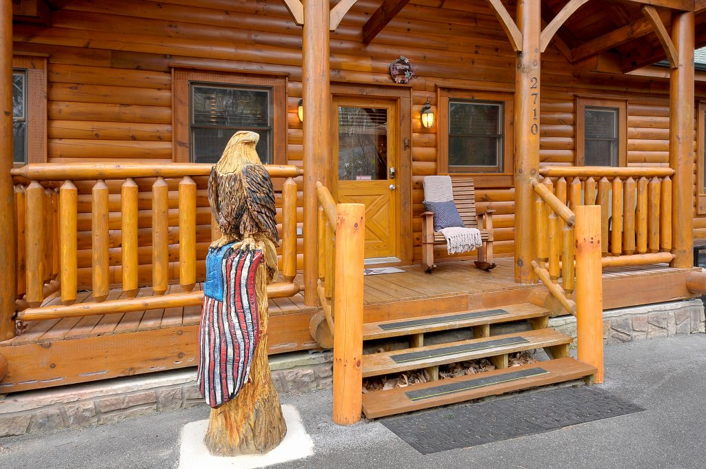 Photo of a Pigeon Forge Cabin named American Eagle - This is the fourth photo in the set.