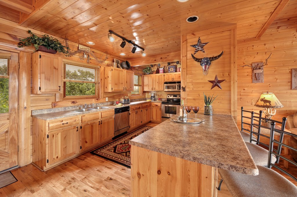Photo of a Pigeon Forge Cabin named American Eagle - This is the seventh photo in the set.