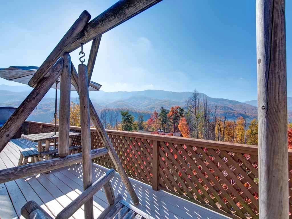Photo of a Gatlinburg Cabin named Alpine Windsong - This is the eighteenth photo in the set.