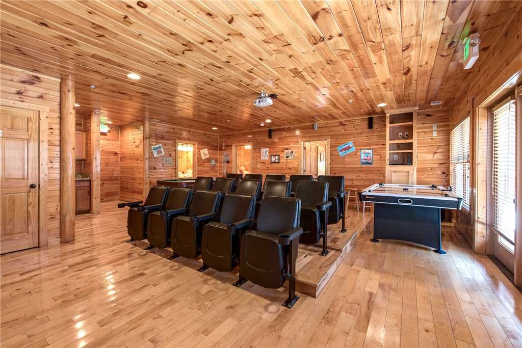 Asheville Rentals With Game Room