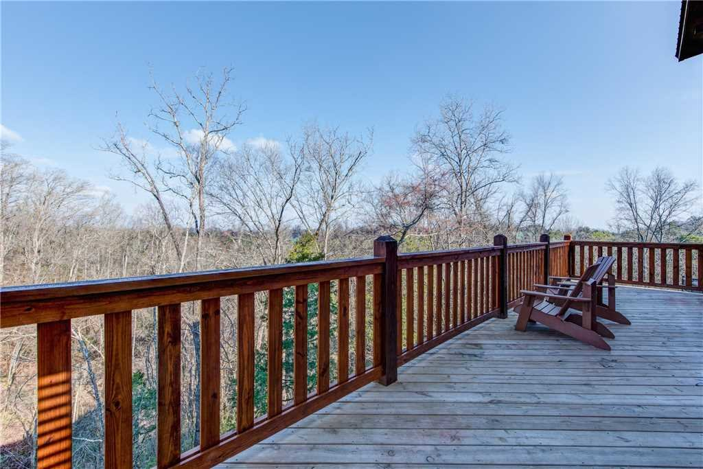 Photo of a Pigeon Forge Cabin named Majestic Waters - This is the twenty-first photo in the set.