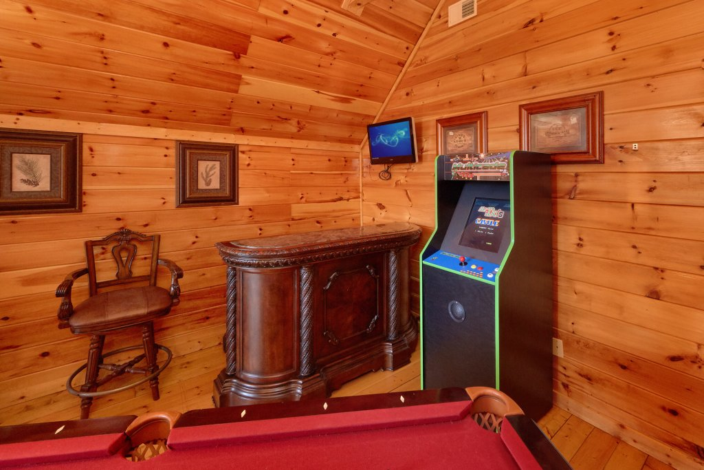 Photo of a Gatlinburg Cabin named Beary Cozy - This is the sixth photo in the set.