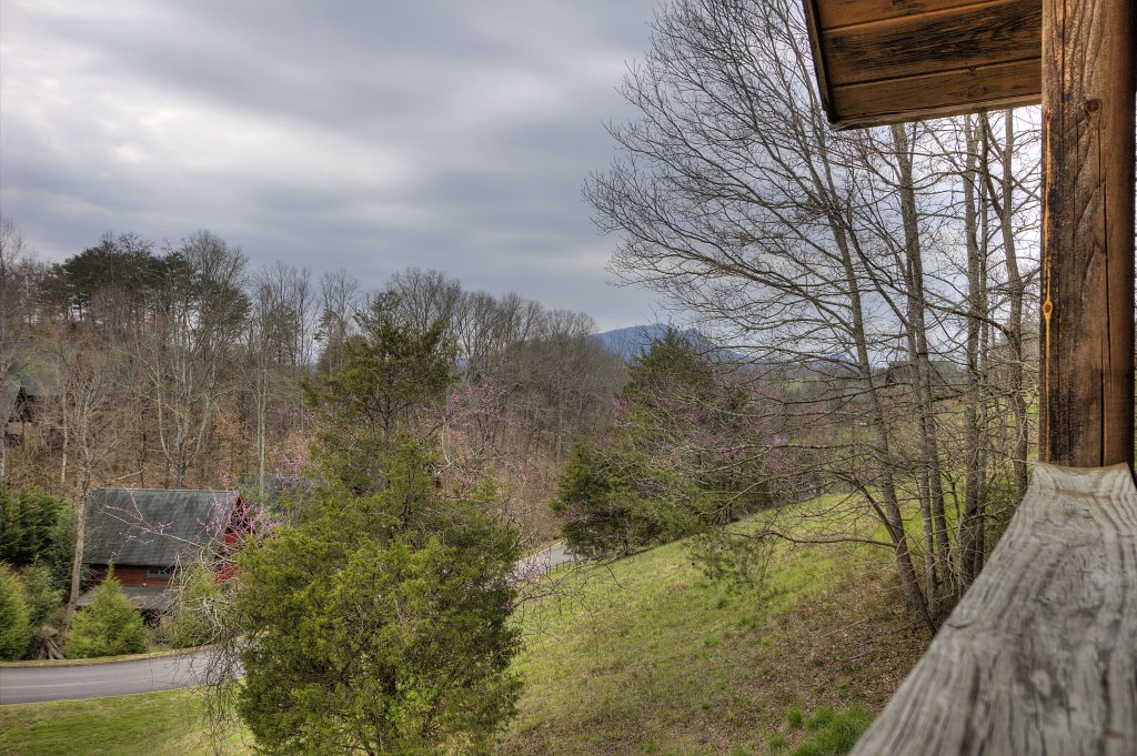 Photo of a Pigeon Forge Cabin named A Moonlight Ridge #162 - This is the sixth photo in the set.