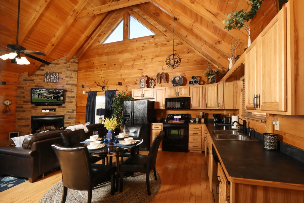 Photo of a Pigeon Forge Cabin named Forever Young - This is the first photo in the set.