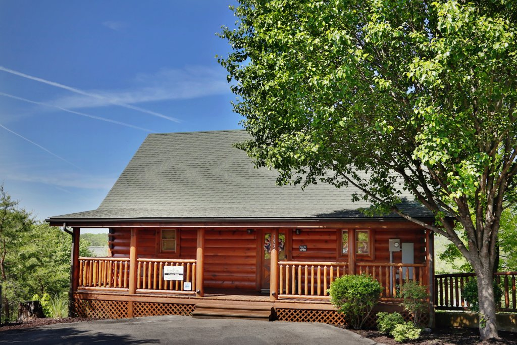 Photo of a Pigeon Forge Cabin named Forever Young - This is the sixth photo in the set.