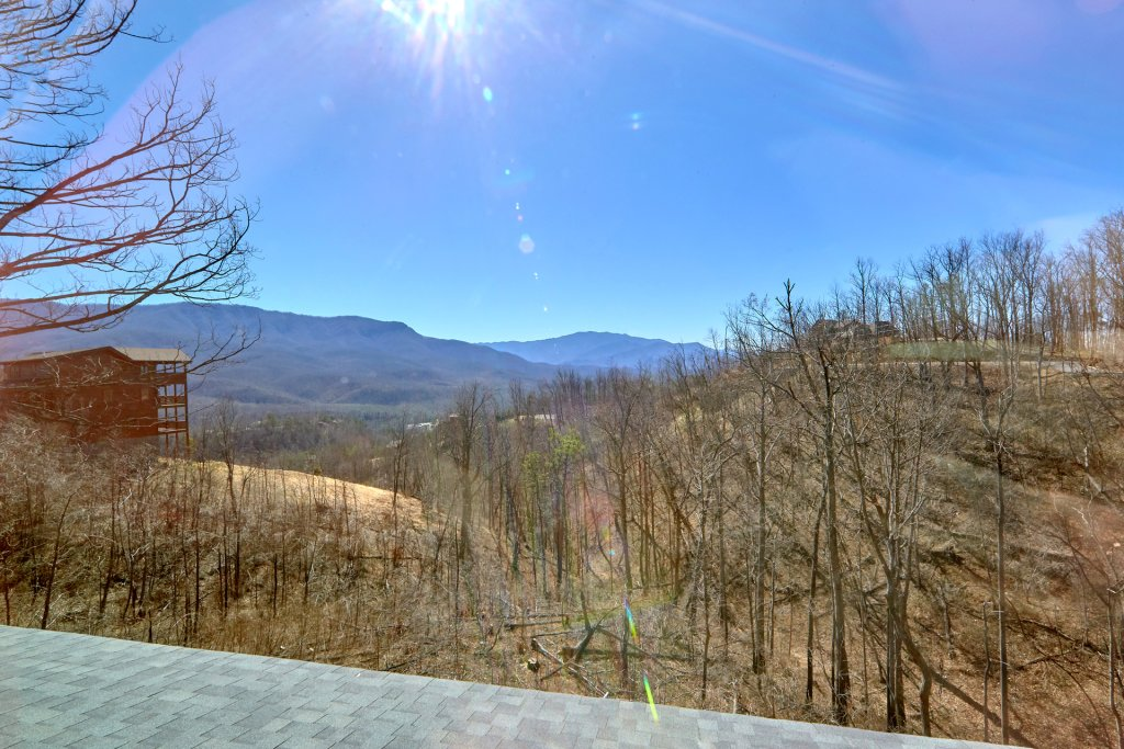 Photo of a Gatlinburg Cabin named Luxury, Views And Theater Cabin - This is the fifty-ninth photo in the set.