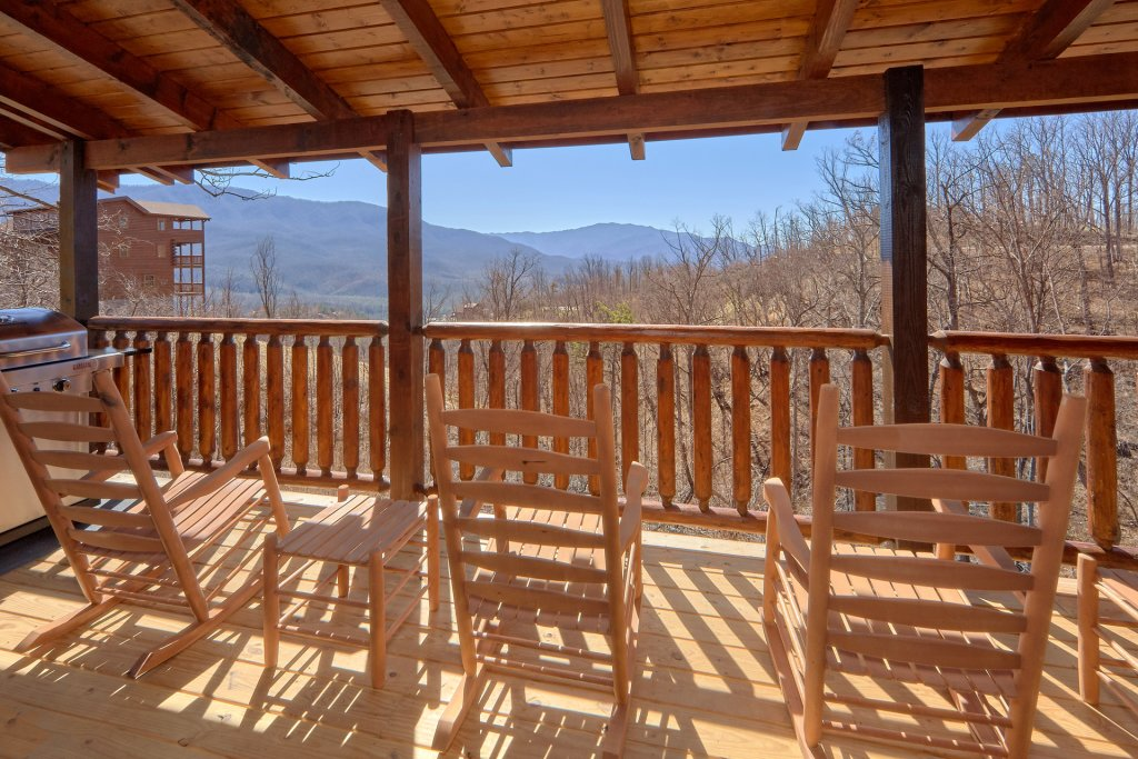 Photo of a Gatlinburg Cabin named Luxury, Views And Theater Cabin - This is the second photo in the set.