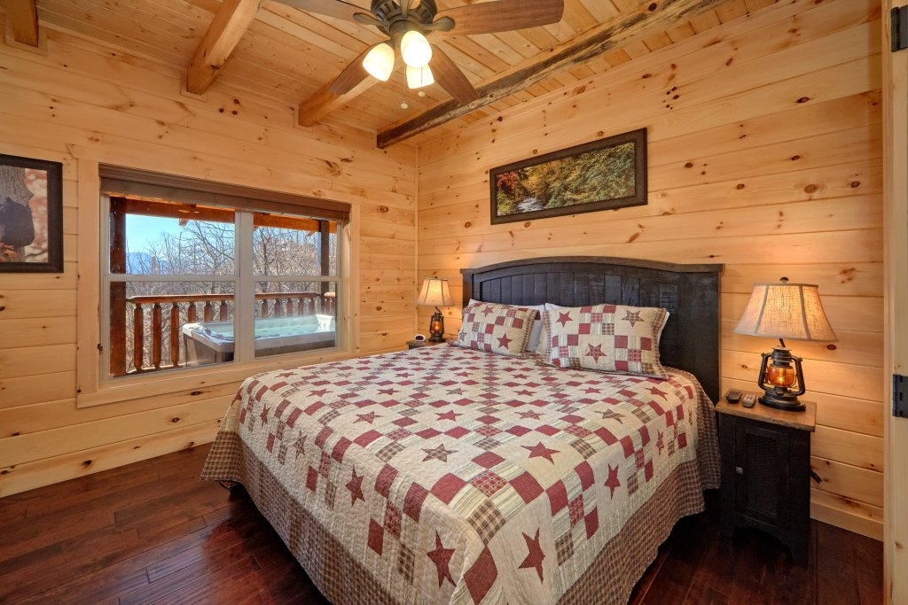 Photo of a Gatlinburg Cabin named Luxury, Views And Theater Cabin - This is the fifty-first photo in the set.