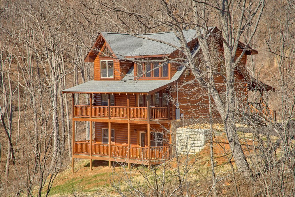 Photo of a Gatlinburg Cabin named Luxury, Views And Theater Cabin - This is the sixtieth photo in the set.