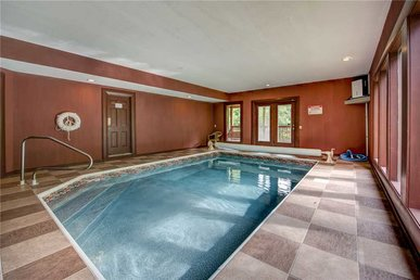 A New Beginning, 5 Bedrooms, Private Indoor Pool, Theater, Wifi, Sleeps 20