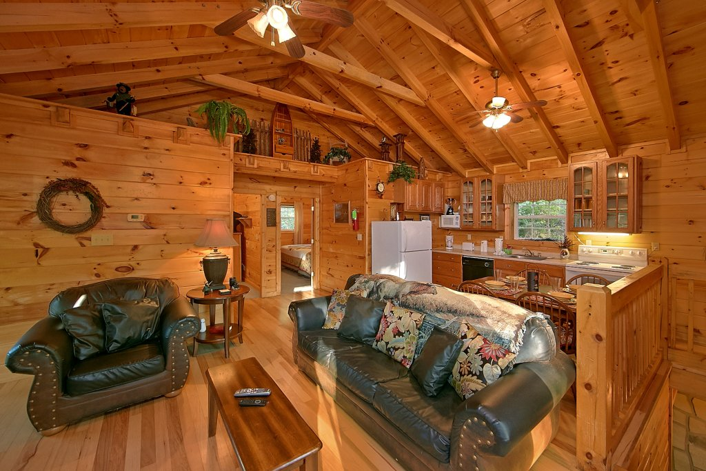 Photo of a Pigeon Forge Cabin named Whispering Waters #208 - This is the third photo in the set.