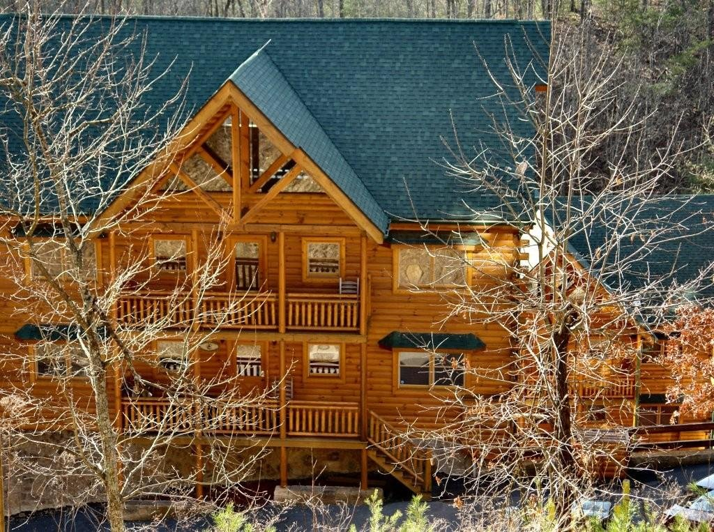 Photo of a Pigeon Forge Cabin named Big Bear Cinema #510 - This is the first photo in the set.