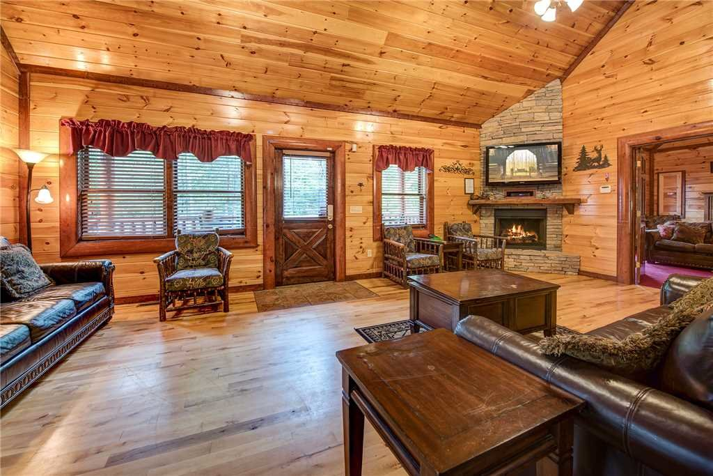 Photo of a Gatlinburg Cabin named A New Beginning - This is the fifth photo in the set.