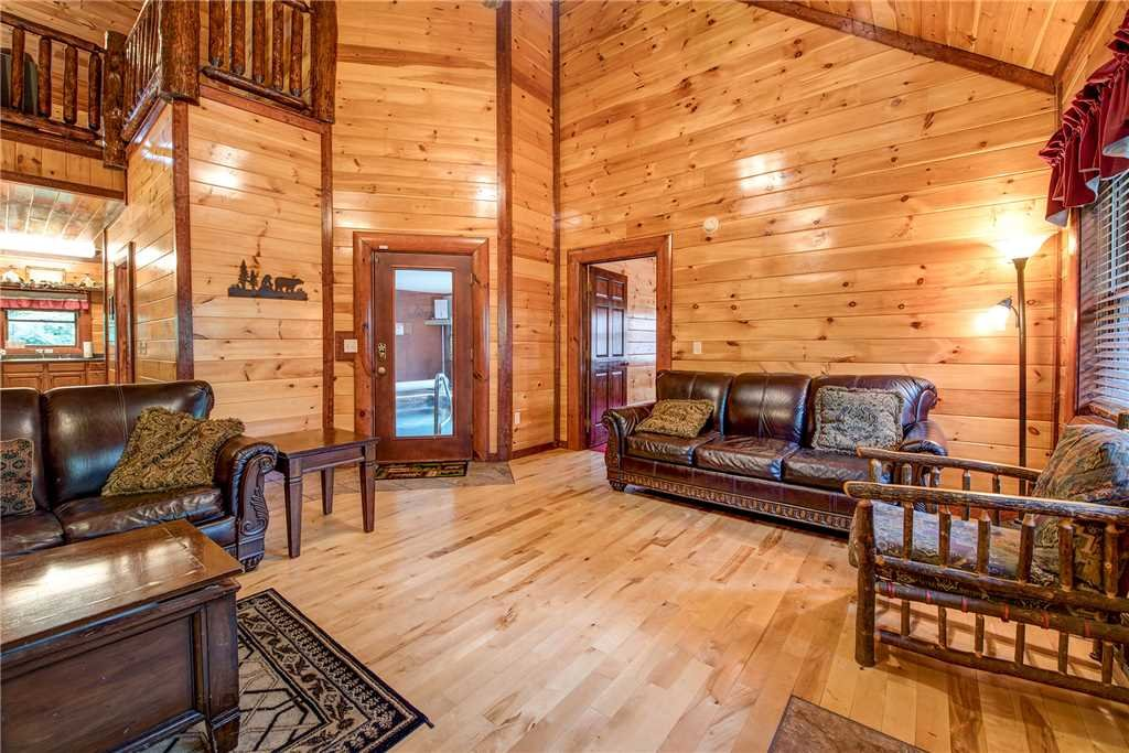 Photo of a Gatlinburg Cabin named A New Beginning - This is the second photo in the set.